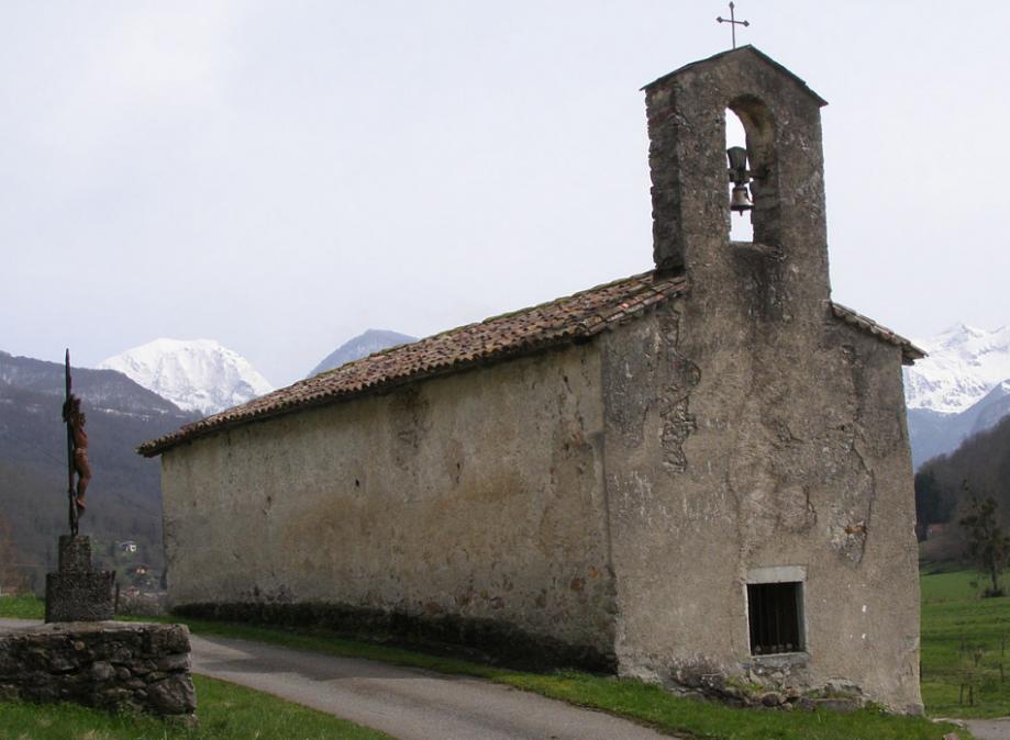 chapelle St Pierre ercé.PNG
