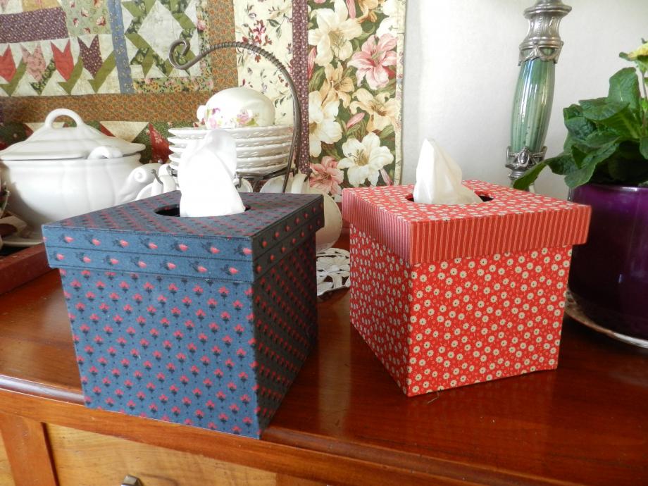 Boîtes à mouchoirs 001.JPG