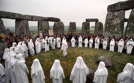 druids_stonehenge.jpg