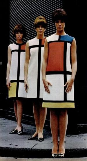 Yves_Saint-Laurent_-_Robes_Mondrian_-_1965-0854d.jpg