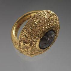b2833381be8fe56f2561683cb278871b--gold-milk-ancient-jewelry.jpg