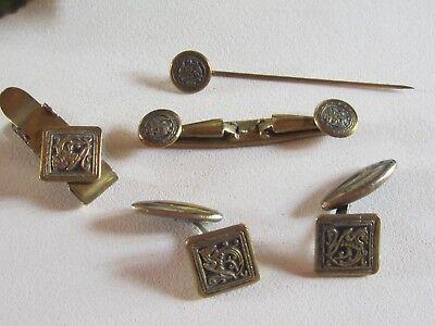 Ancienne-parure-bijoux-homme-boutons-de-manchette-épingle.jpg