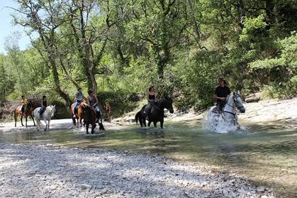 ballade_a_cheval_vaison la romaine