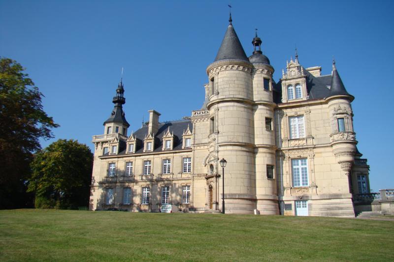 chateau brochon.png