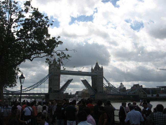 Tower bridge (Londres, juillet 2013)