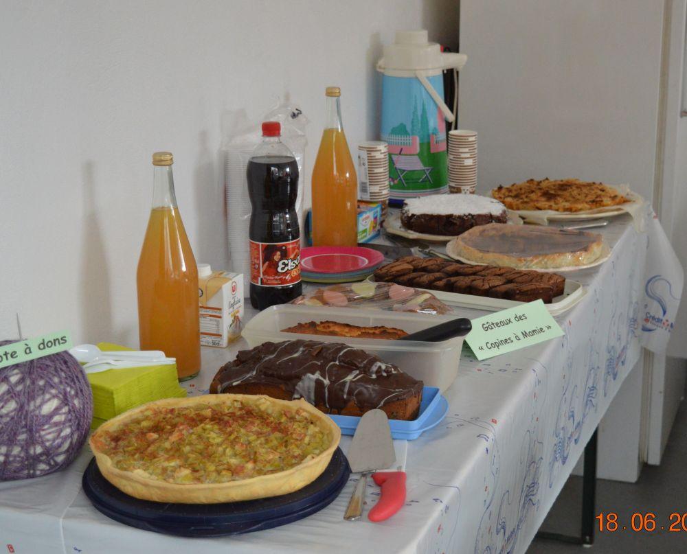 Journée Mondiale du Tricot  gâteaux copines à Mamie 22016.jpg