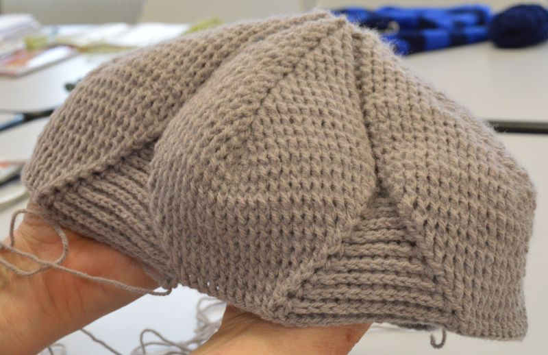 04.02.17 beret Astrid crochet.jpg