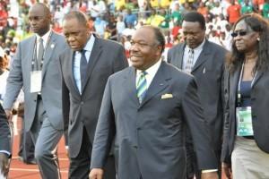 Ali_Bongo_au_stade.jpg