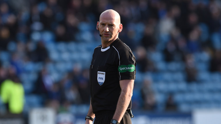 skysports-referee-bobby-madden_3904916.jpg