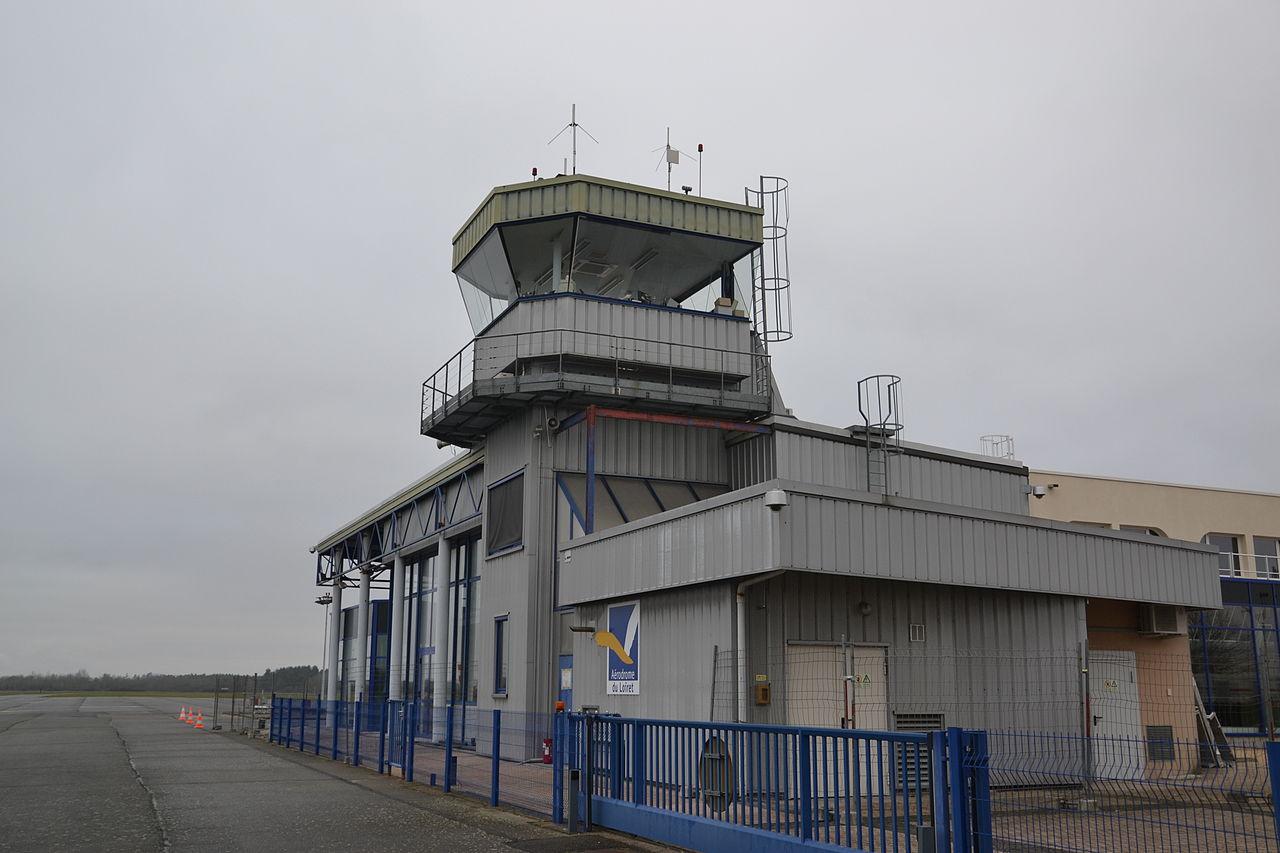 1- aeroport 280px-Tour_de_contrôle_LFOZ.JPG