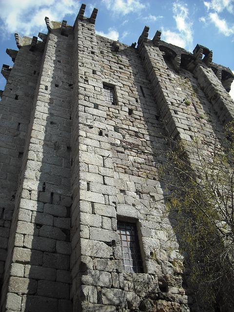 tower-172709_640.jpg