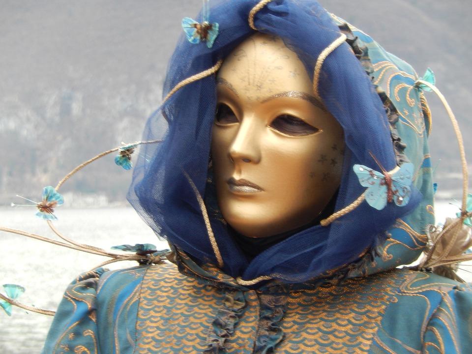 mask-1215345_960_720.jpg