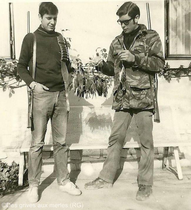 2 frères, retour d'une chasse aux grives (années fin 60-70)