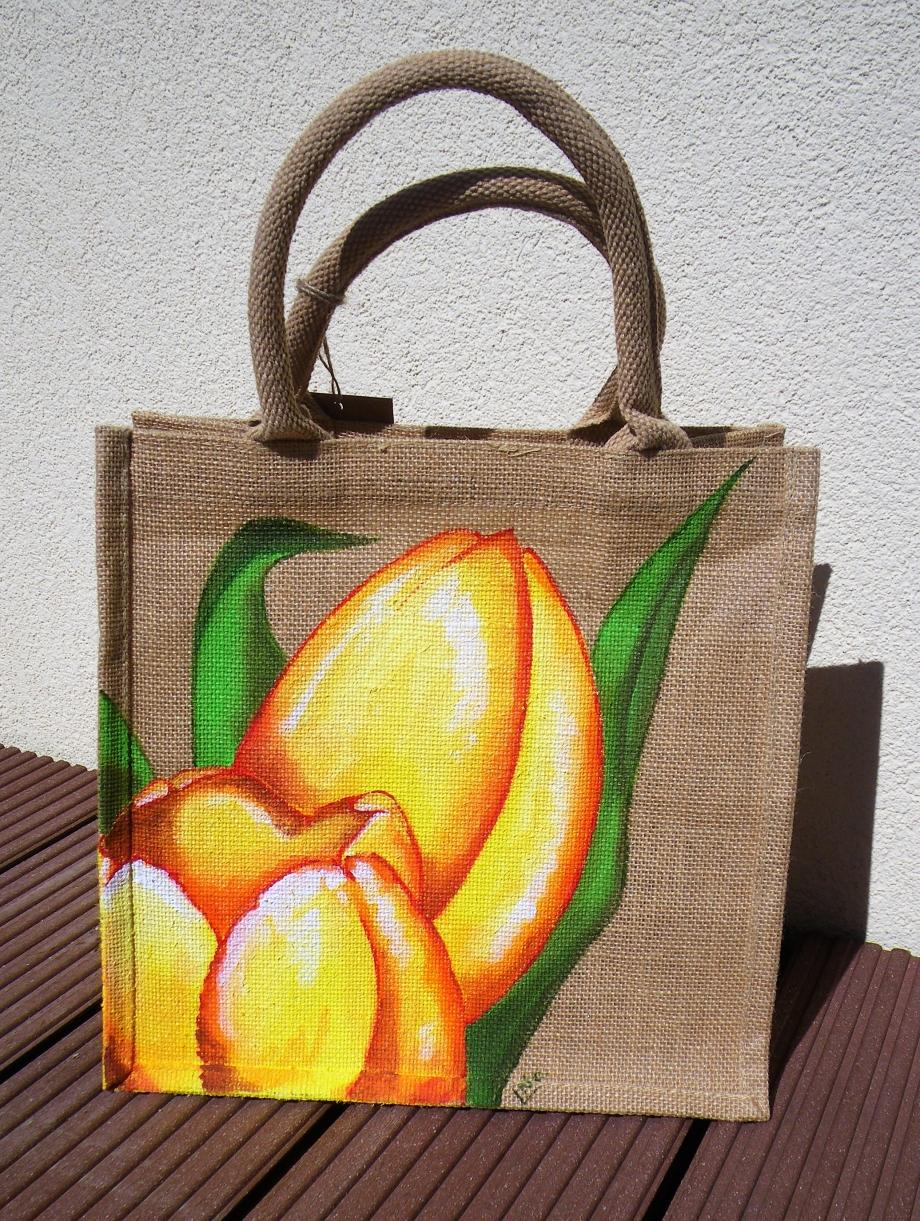 jute moyen tulipes.JPG