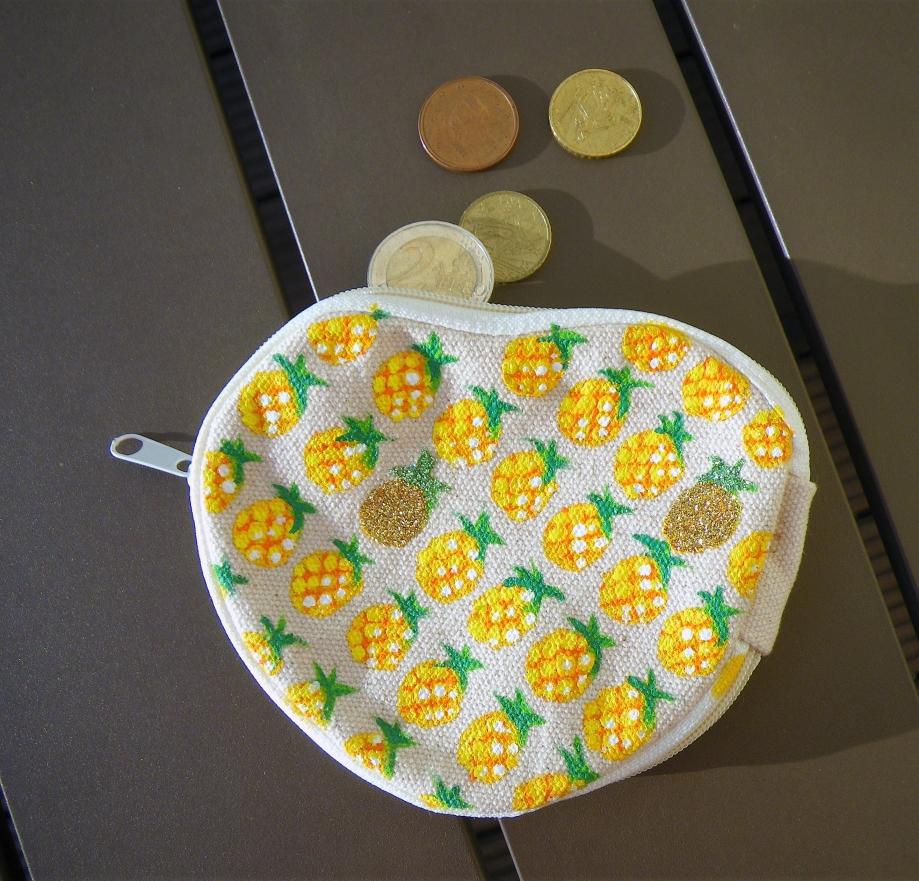 porte-monnaie-ananas3.JPG