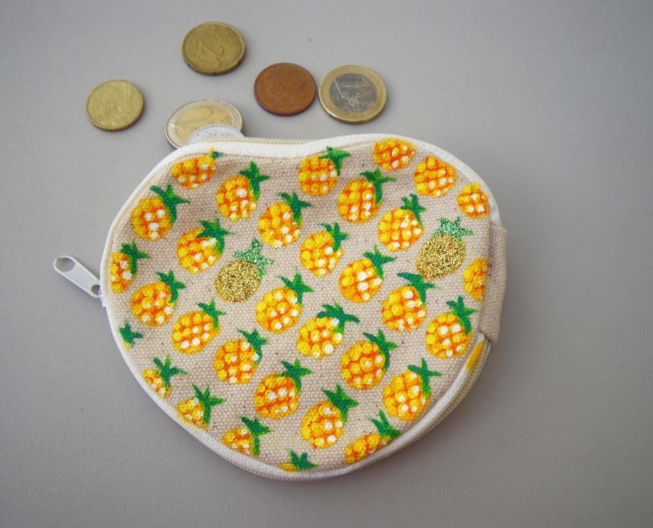 porte-monnaie-ananas.JPG