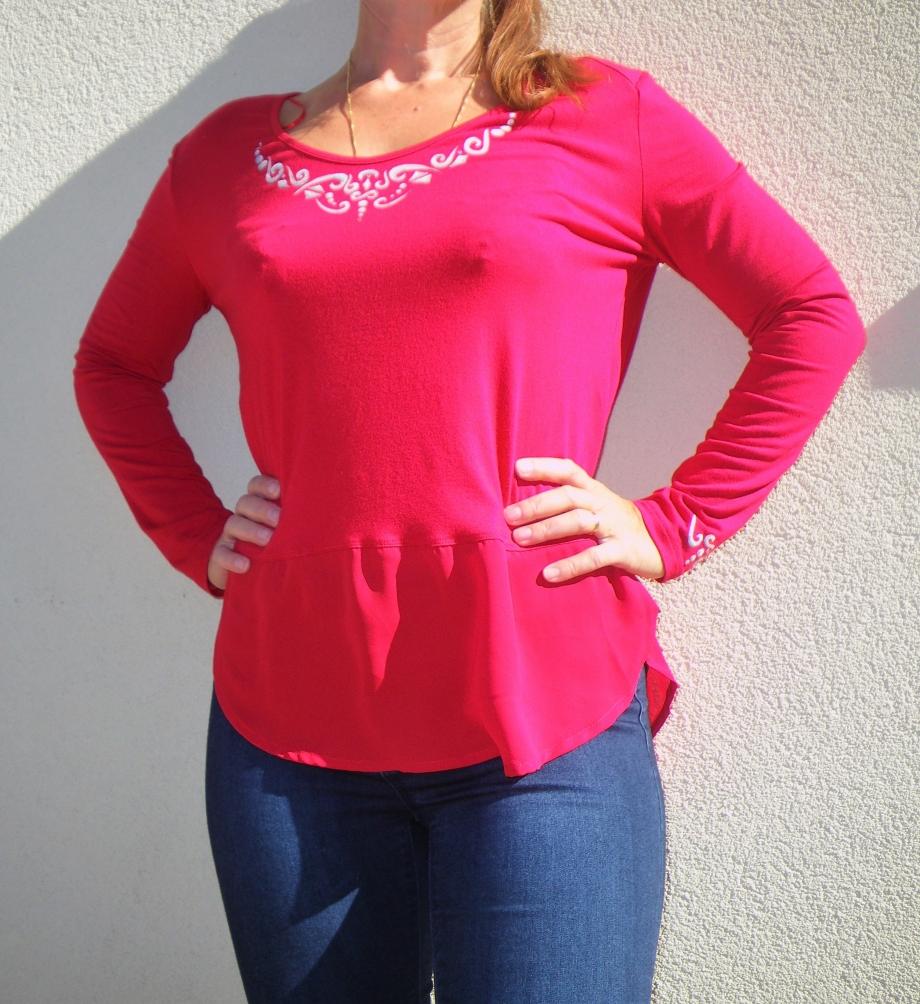 tunique-femme-rouge-bijoux1.JPG