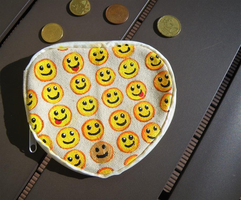porte-monnaie-smileys1.JPG