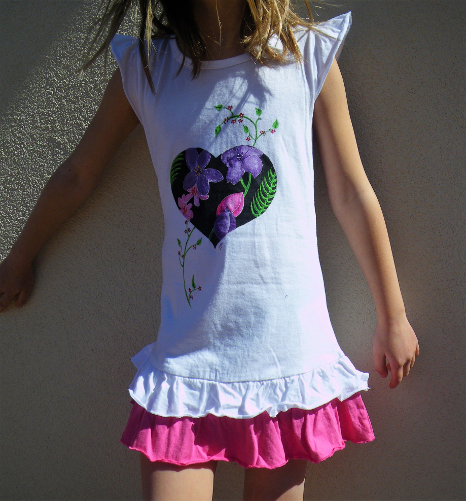 robe-enfant-coeur-fleuri.JPG