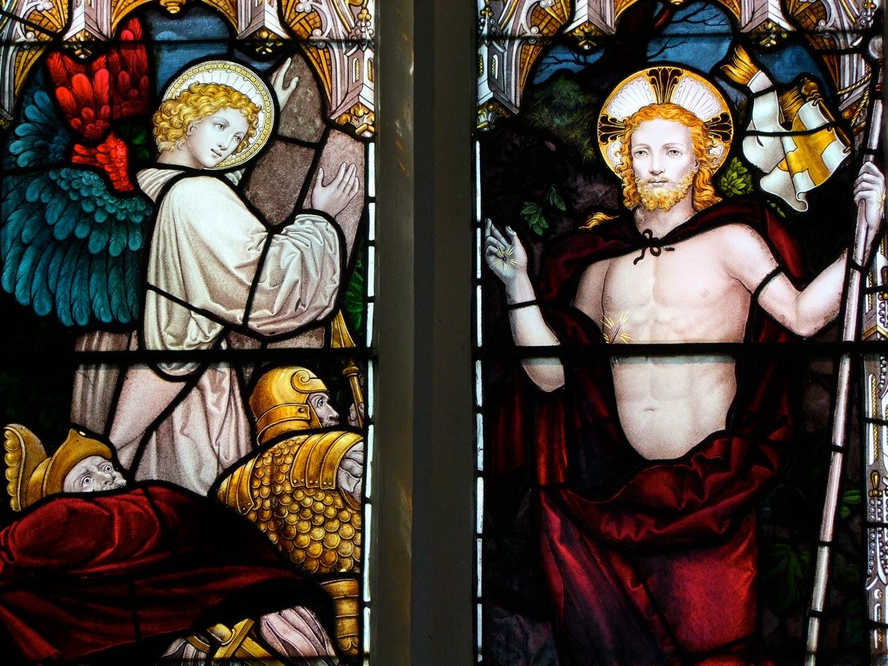 Jésus ressuscité -   Resurrection by Kempe  St Andrew West Wratting Cambridgeshire.jpg