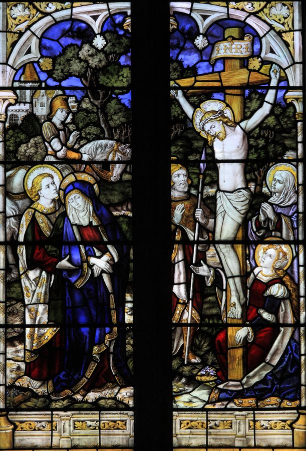 Crucifixion  -Durham St Margaret of Antioch  Crucifixion by Burlison and Grylls - Copie (2).jpg
