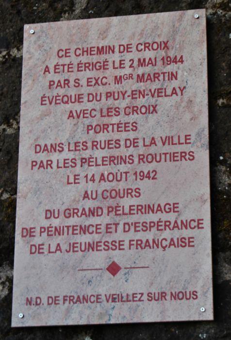 9 - plaque du chemin de croix.JPG