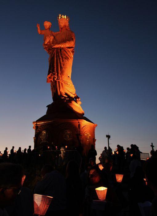11 - Notre-Dame de France.JPG