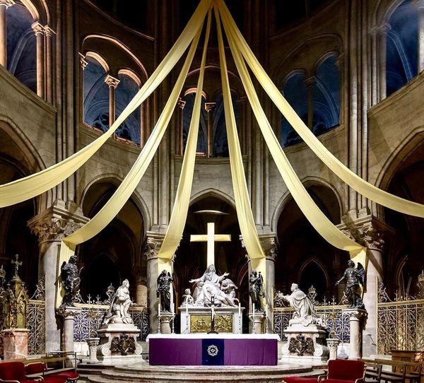 Vœu de Louis XIII à Notre-Dame de Paris.jpg