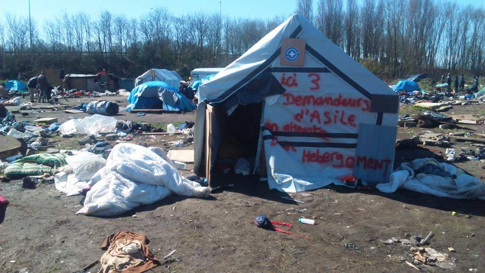 Calais refugee camp - France.jpg
