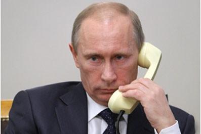 Putin on the phone.jpg