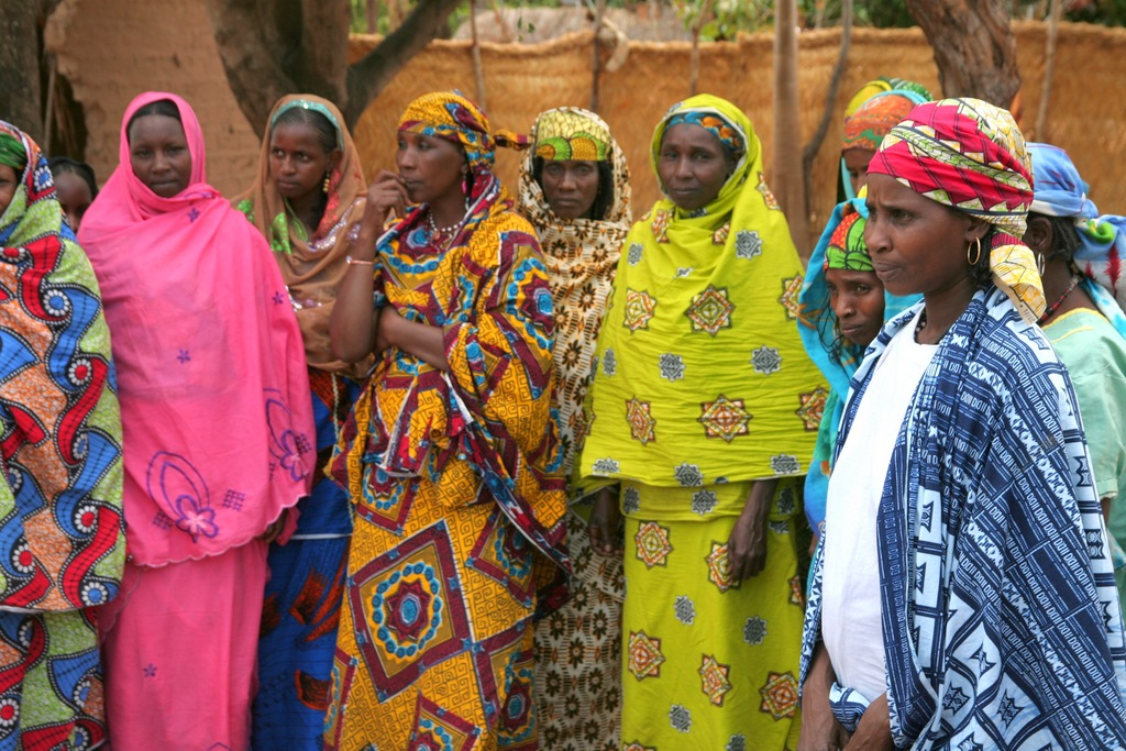 Fula women in Paoua.jpg