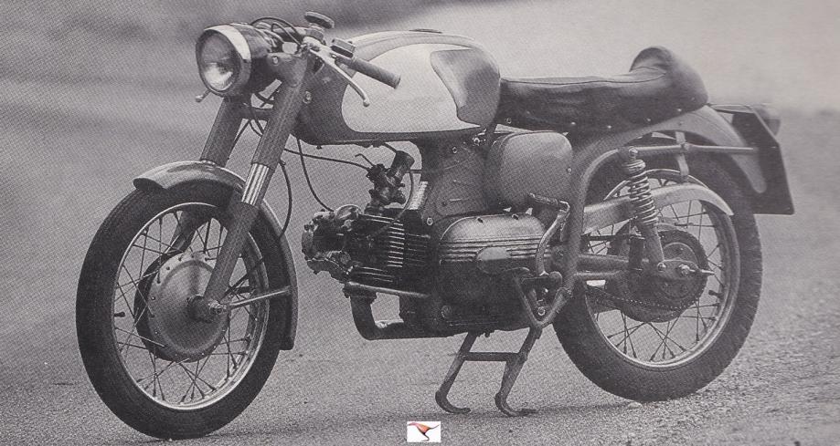 AERMACCHI HD 250 cc 1962 ala verde quest.jpg