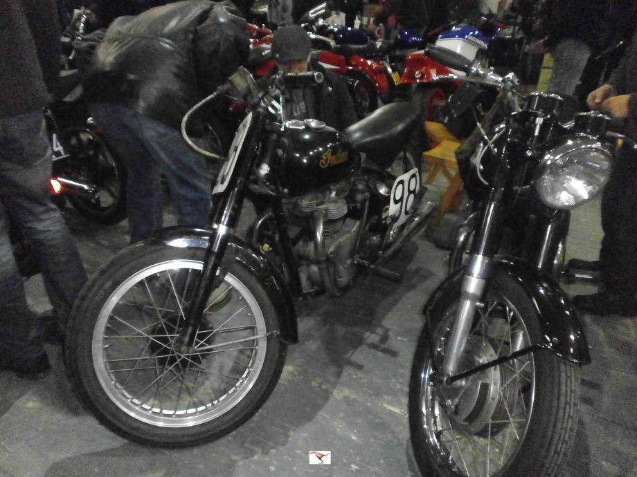 INDIAN 440cc de 1949 rep.JPG