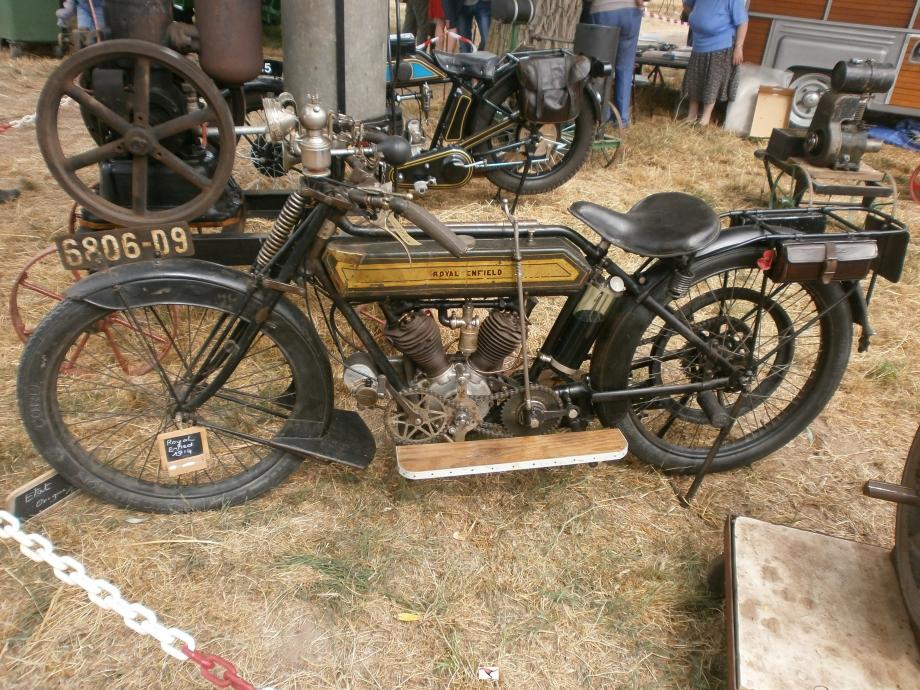 Q70 royal enfield 425cc 1914-1918 rep2-2.JPG