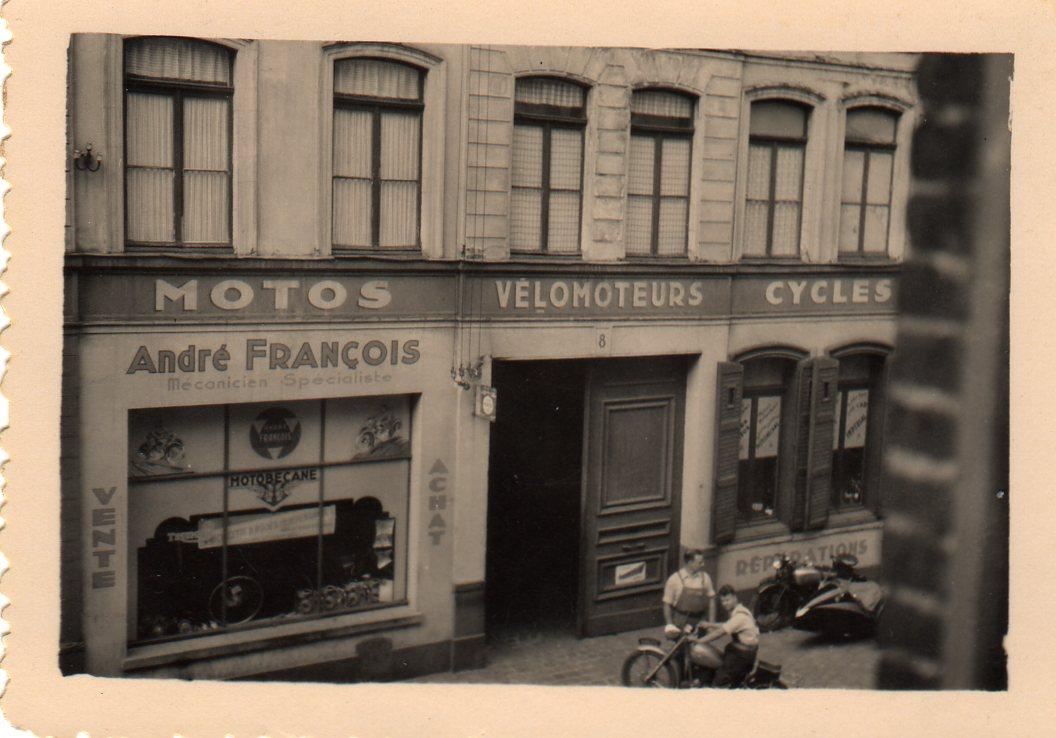 Rue Gantois André et Dédé 1948.jpg