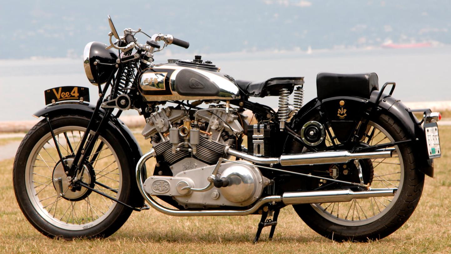 AJS  VEE4 500cc de 1936.jpg