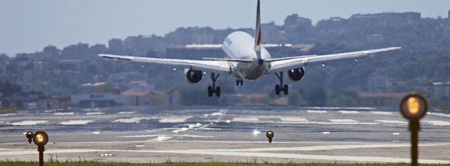 naples-airport.jpg
