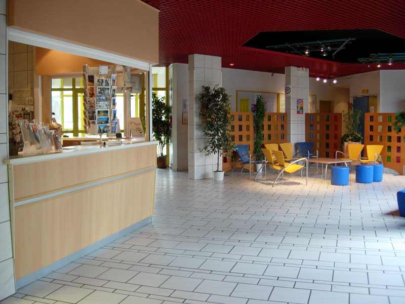 stras3-AJStrasbourg2Rives-Hallentree_c_FUAJ-WEB.jpg