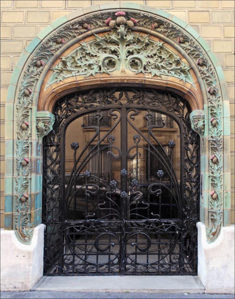 porte2-rue-eugene-manuel-paris-zigzag.jpg