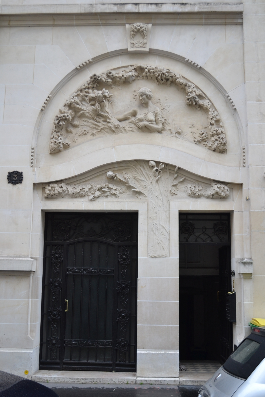 porte3-rue-alfred-dehodencq-paris-zigzag.jpg