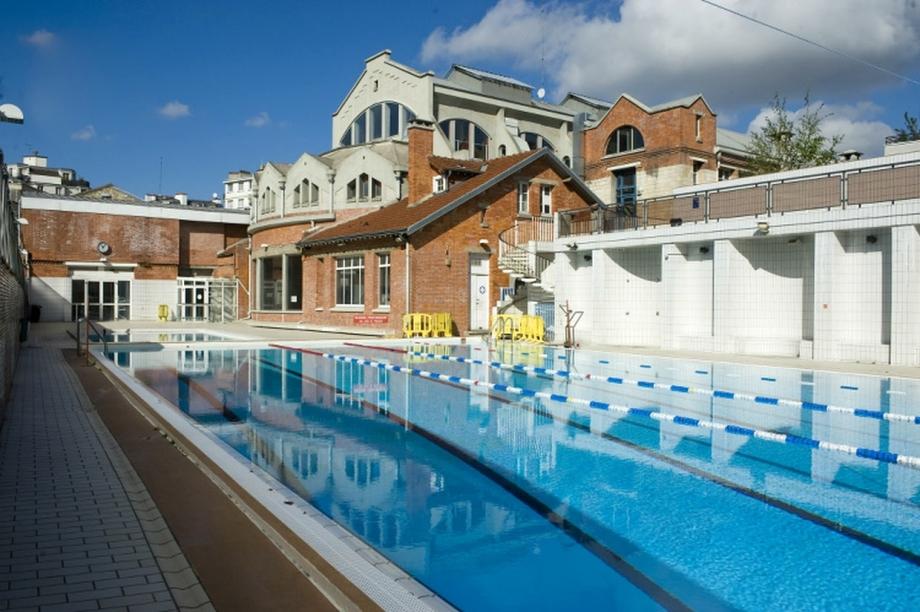piscine-butte-auc-cailles-paris-zigzag.jpg