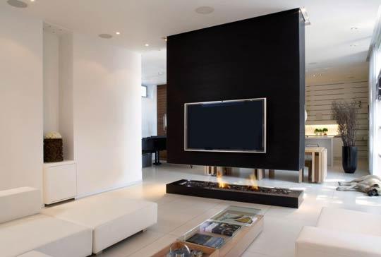 TV 008.jpg