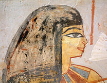 220px-Egypte_louvre_223_femme.jpg