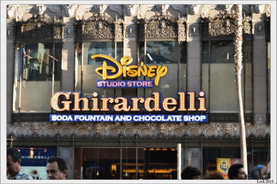 Disneyshop.jpg