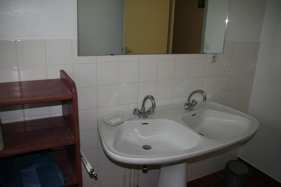 salle de bains (1).JPG