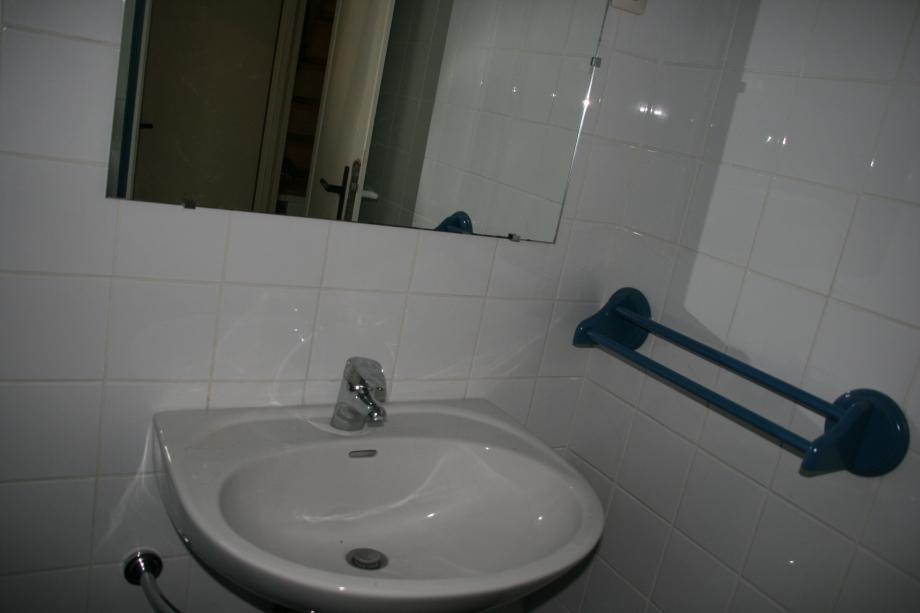 salle d'eau (1).JPG
