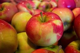 apples-490474__180.jpg