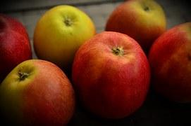 apple-1078692__180.jpg