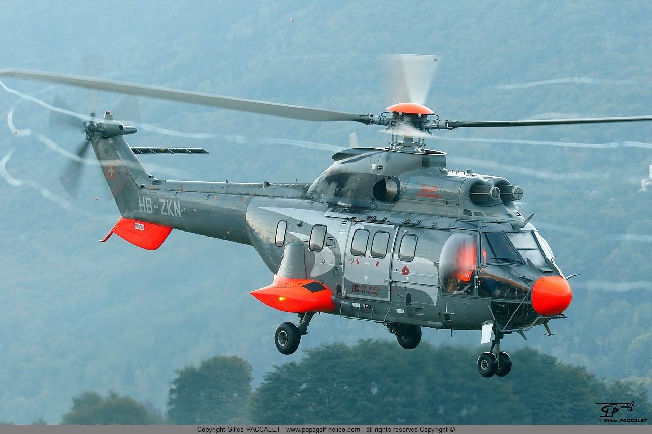 hb-zkn_as-332c1 -super-puma-5512.JPG
