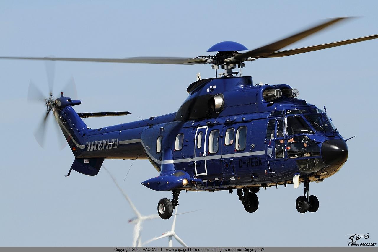 d-hega-aerospatiale-as332-super-puma-3342.JPG